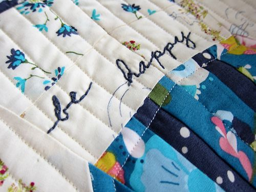 Be happy mini quilt
