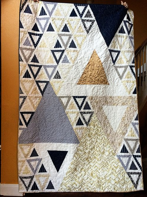 Acute wedding triangle quilt 5